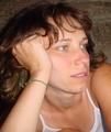 Sziklanyűvő (Erdő) adatlapja a Gyertyagyújtás.hu oldalon